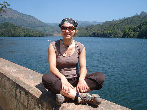 Enjoy munnar lake india