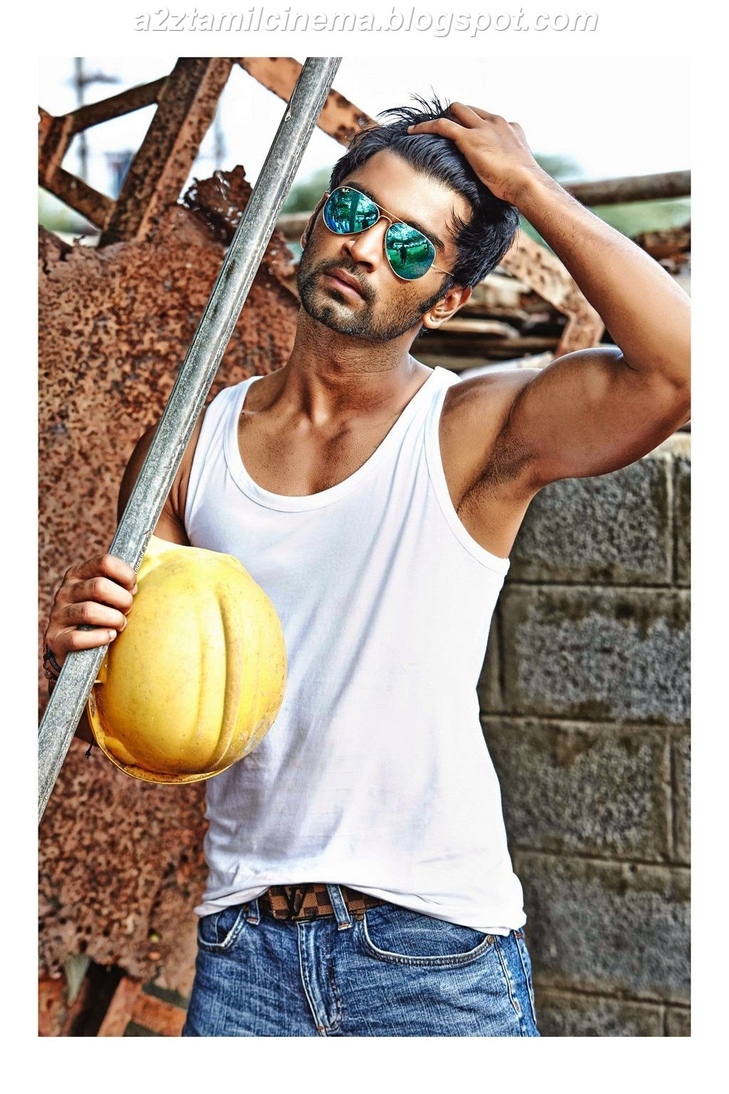 Six Pack Bodies Wallpapers Atharvaa-six-pack-body