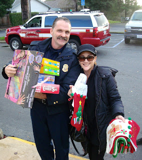 South Placer Rotary Club Helps 18 Rocklin Families This Holiday Season