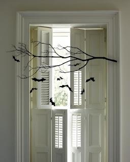 Halloween: Decore sua casa com galho e moercegos