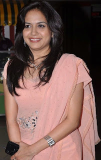 Singer Sunitha so cute look in pink