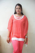Kajal yadav glam pics-thumbnail-20