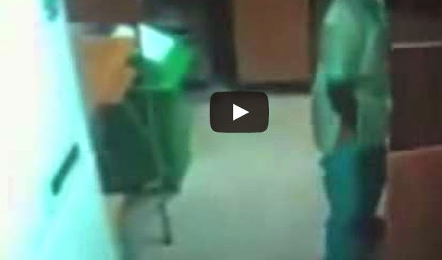 Video Pembantu Rumah Kantoi Kencing Dalam Masakan