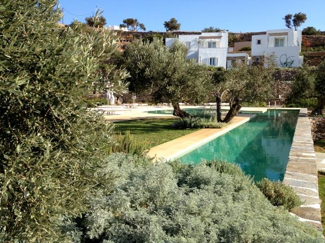 hotel con piscina en Serifos