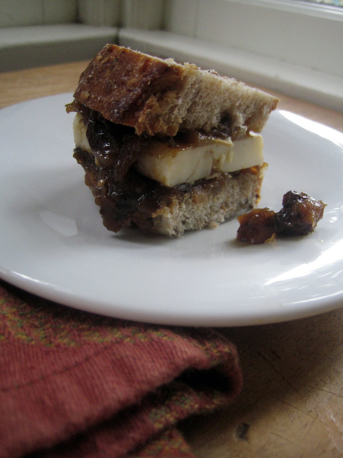 Blue Kale Road: Green Tomato and Apple Chutney
