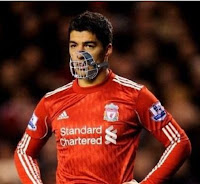 Luis Suarez humor meme