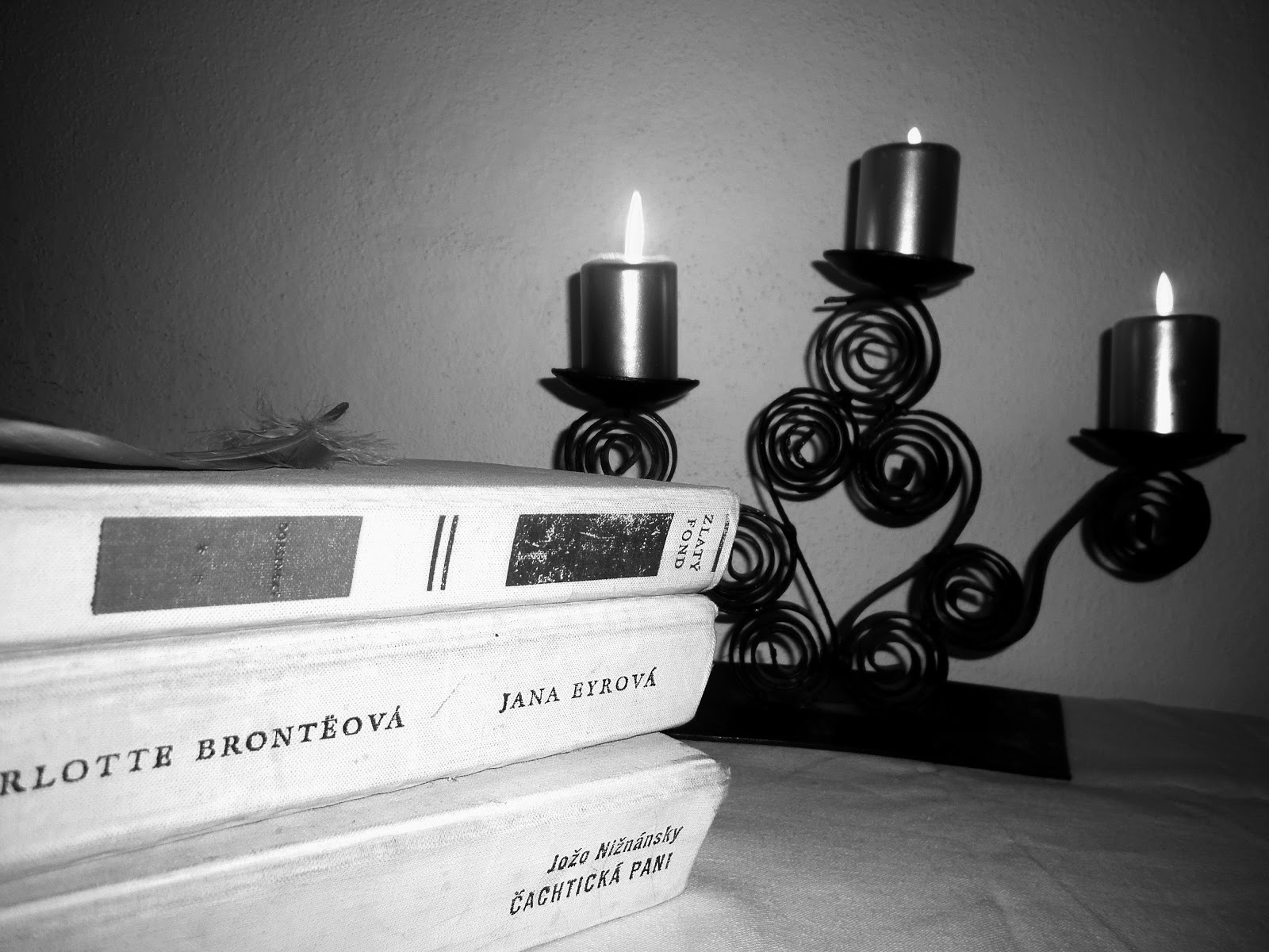 knihy a pehaňa