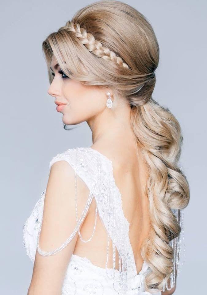 Peinados según el vestido – Fashionfanaticos Fashionfanaticos