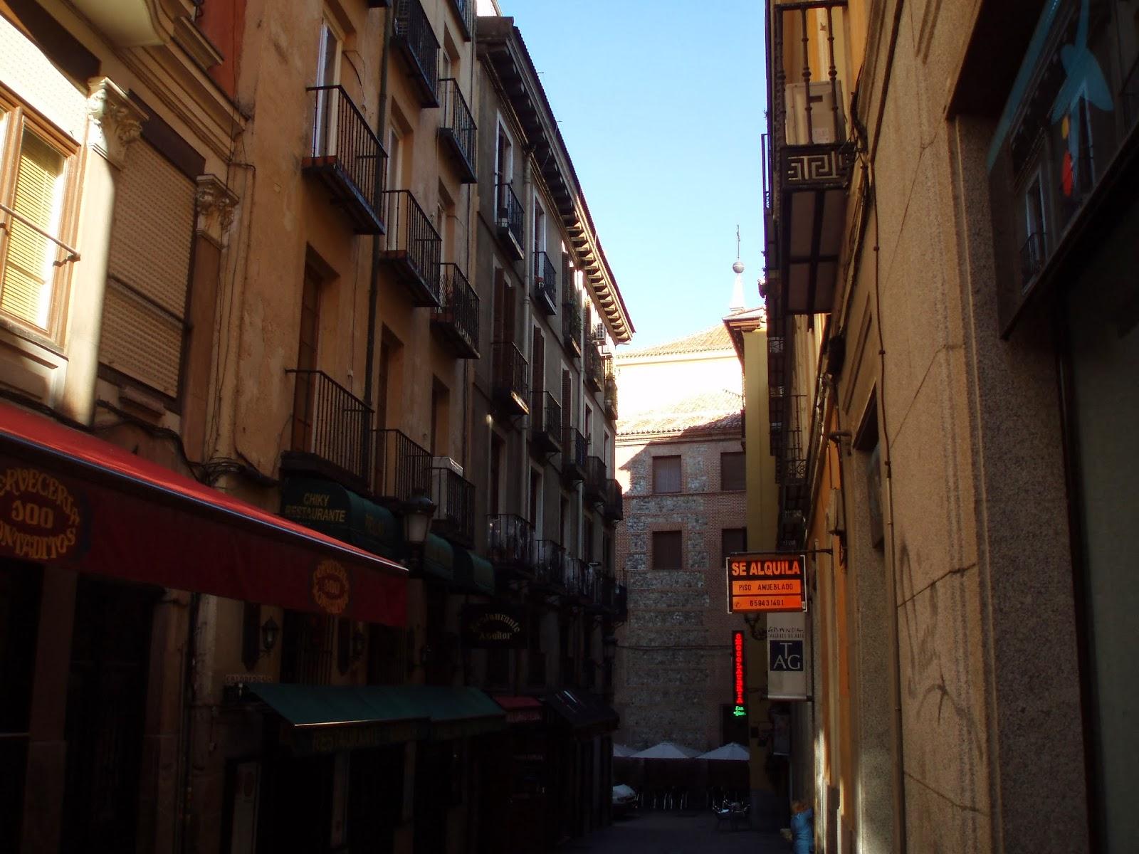 Ins lito callejero de madrid 10 coloreros una calle for Calle prado 8 madrid