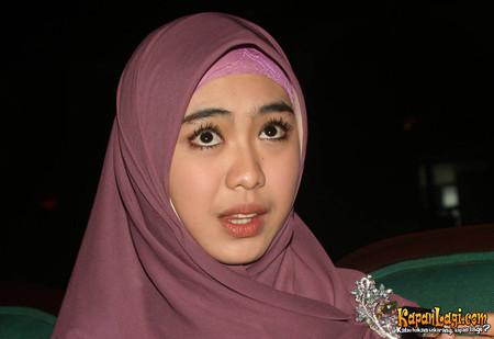 Foto-Foto Oki Setiana Dewi ~ KUMPULAN FOTO FOTO