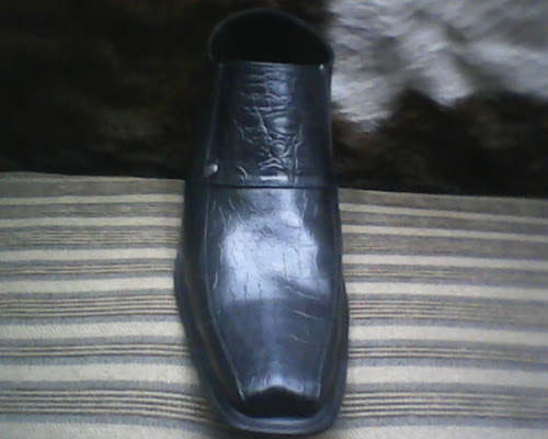 sepatu bally di lihat dari depan ... d931cff53f
