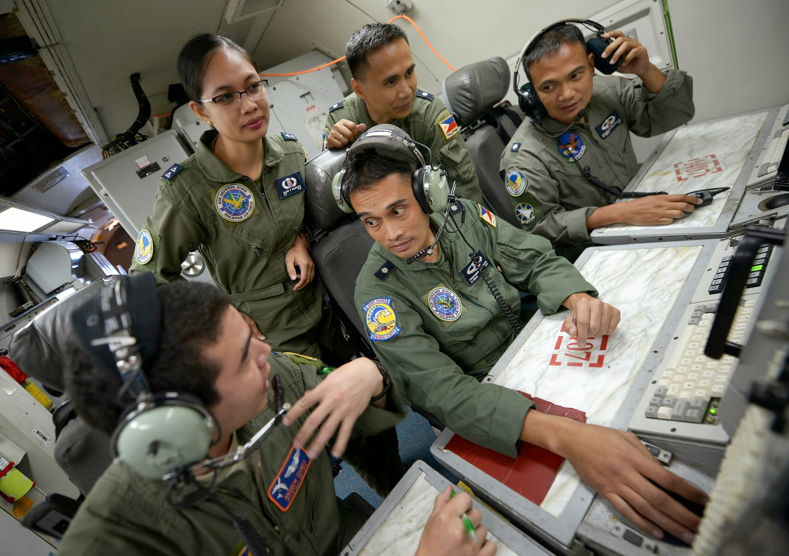 Philippines Controls Aircraft From Usaf Awacs Asean