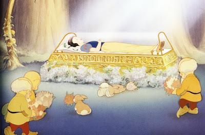 Nếu quan tài pha lê được các chú lùn thay bằng gỗ đóng đinh thì hoàng tử của Nàng Bạch Tuyết chẳng còn cơ hội nào. May mà hồi anh em nhà Grim còn sống chưa có ...điều 4, nghị định 105.