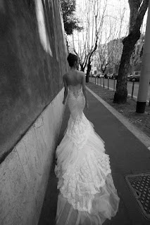Inbal Dror, lace with train