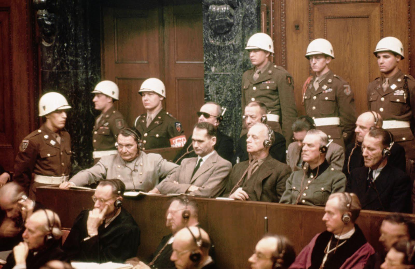 """Os Julgamentos de Nuremberg - Os julgamentos dos """"crimes de guerra"""" provam extermínio?"""