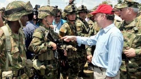 Presidente da Colômbia confirma ajuda de membros das Farc na ofensiva contra Cano