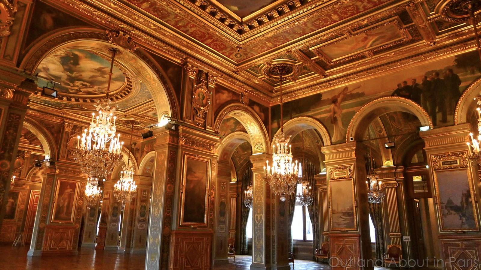 H tel de ville in paris you 39 ve seen the outside now it 39 s for Hotel de ville