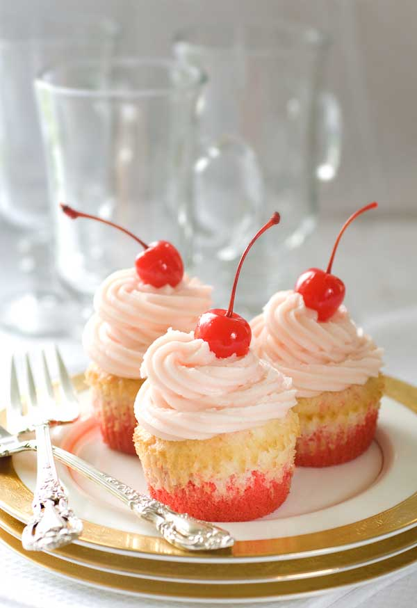 Aan Jeanne`s Keukentafel: Shirley Temple Cupcakes