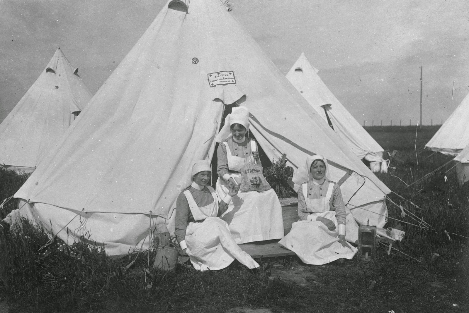Nursing Sister Philips WW1 Photo Album 30R Sisters in Front of Tent