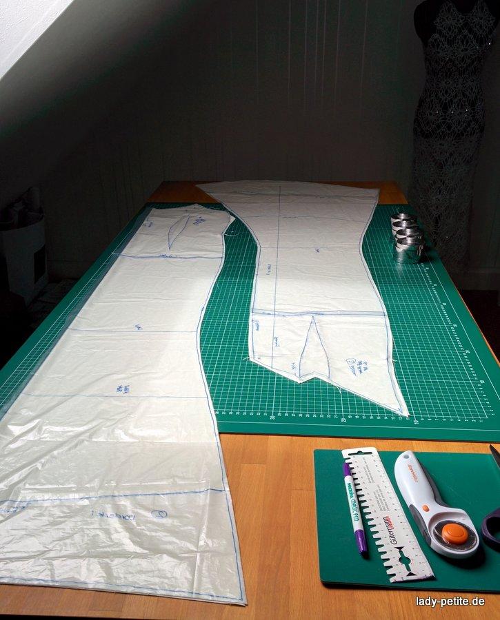 zwischenstand mein abendkleid zu unseren 10 j hrigen. Black Bedroom Furniture Sets. Home Design Ideas