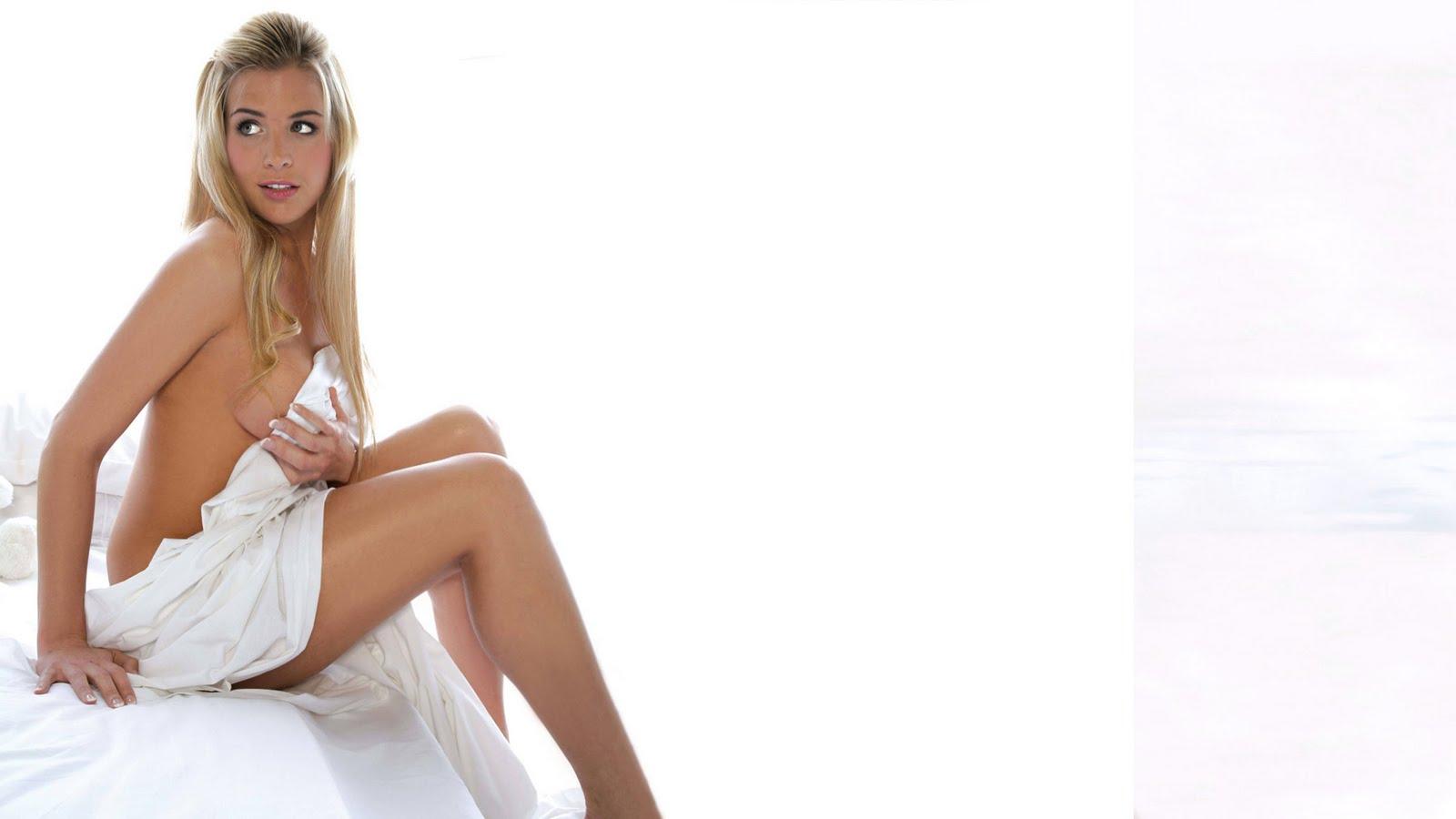 http://1.bp.blogspot.com/-4eIXYnhAEYo/TWlACoXnjtI/AAAAAAAACD4/CNa20wX-FsE/s1600/Gemma%2BAtkinson%2BWallpaper%2B%25284%2529.jpg