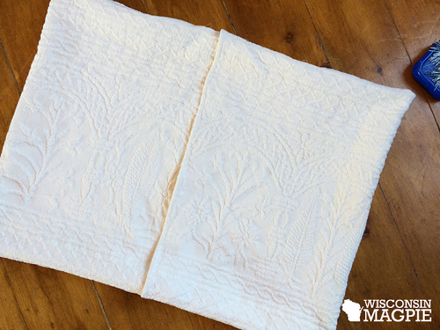 bedspread pillowcase back