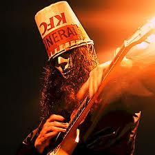 Gitaris Paling Nyentrik di Dunia