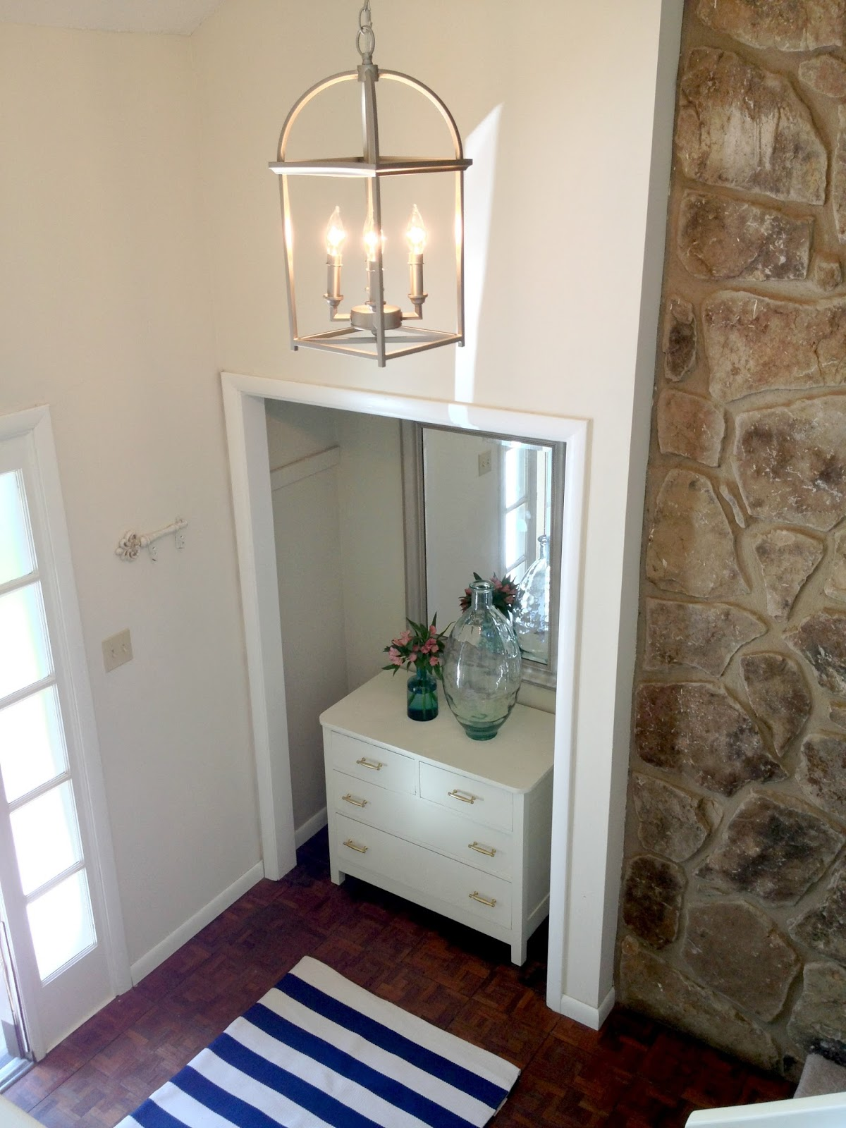 Small Foyer Makeovers : Livelovediy entryway makeover a giveaway