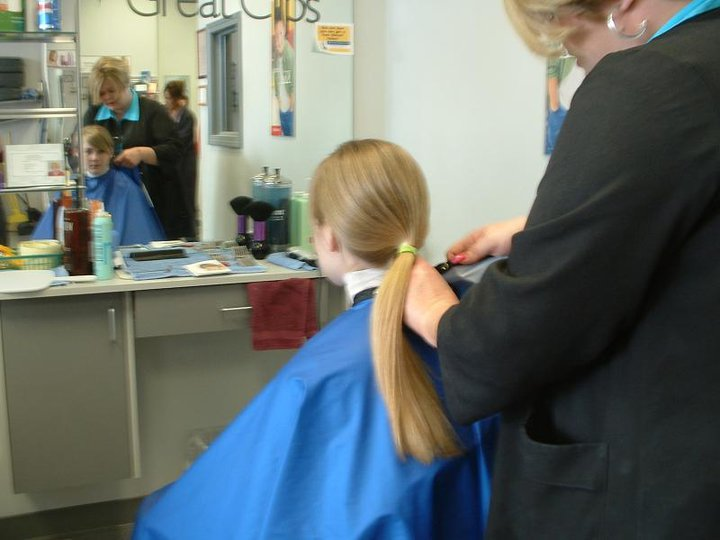 Girl S Hairstyle Great Clips Makeover