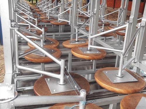 Mesas Tropas De Acero Inoxidable Para El Comedor Universitario