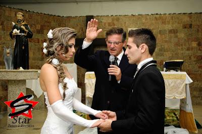Cerimonialista em Joinville,cerimonialista para casamento,cerimonialista para bodas de casamento,cerimonialista para 15 anos,cerimonialista para aniversários,cerimonialista para formatura,cerimonialista para festas e eventos,isso e muito mais no fone: 47-30234087   47-30264086 47-99968405...whats
