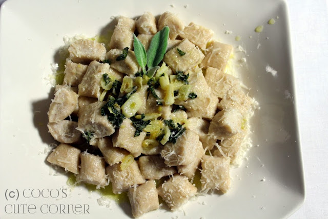 Ricotta Gnocchi with Sage Garlic Butter