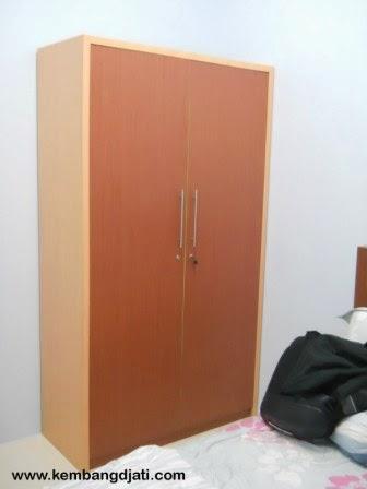 almari pakaian / wardrobe