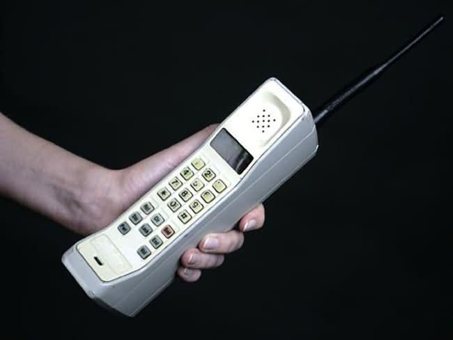 cell-phone-1990.jpg