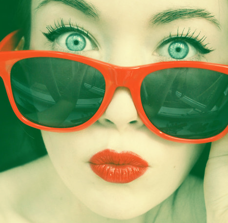>> HOME SWEET HOME << - Página 4 Red_lips_and_sunglasses-871
