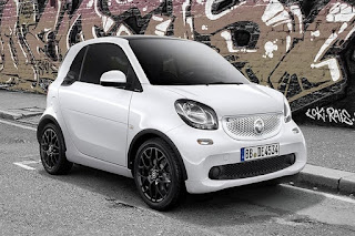 Smart ForTwo Edition White Coupé (2016) Front Side