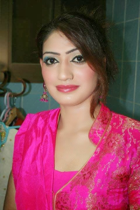 Kiran khan Hot Face