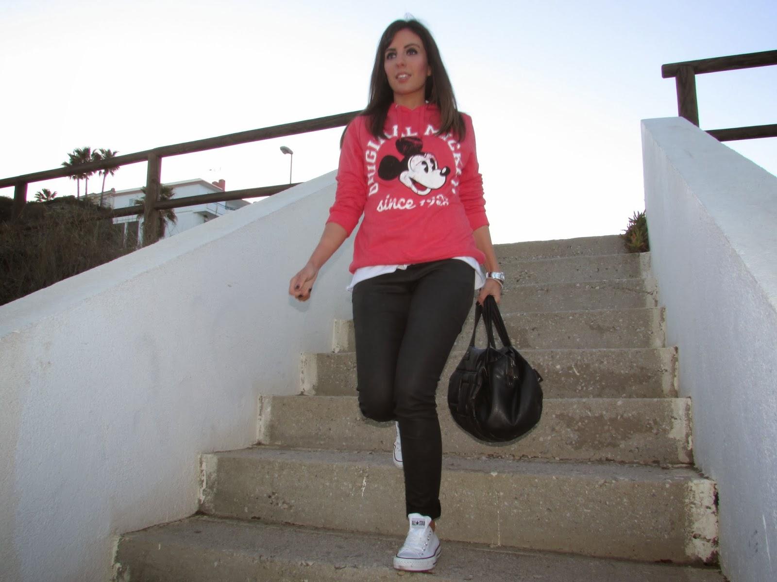 street style cristina style fashion blogger malaga blogger malagueña tendencias moda ootd outfit look gorgeous lovely inspiration zara converse