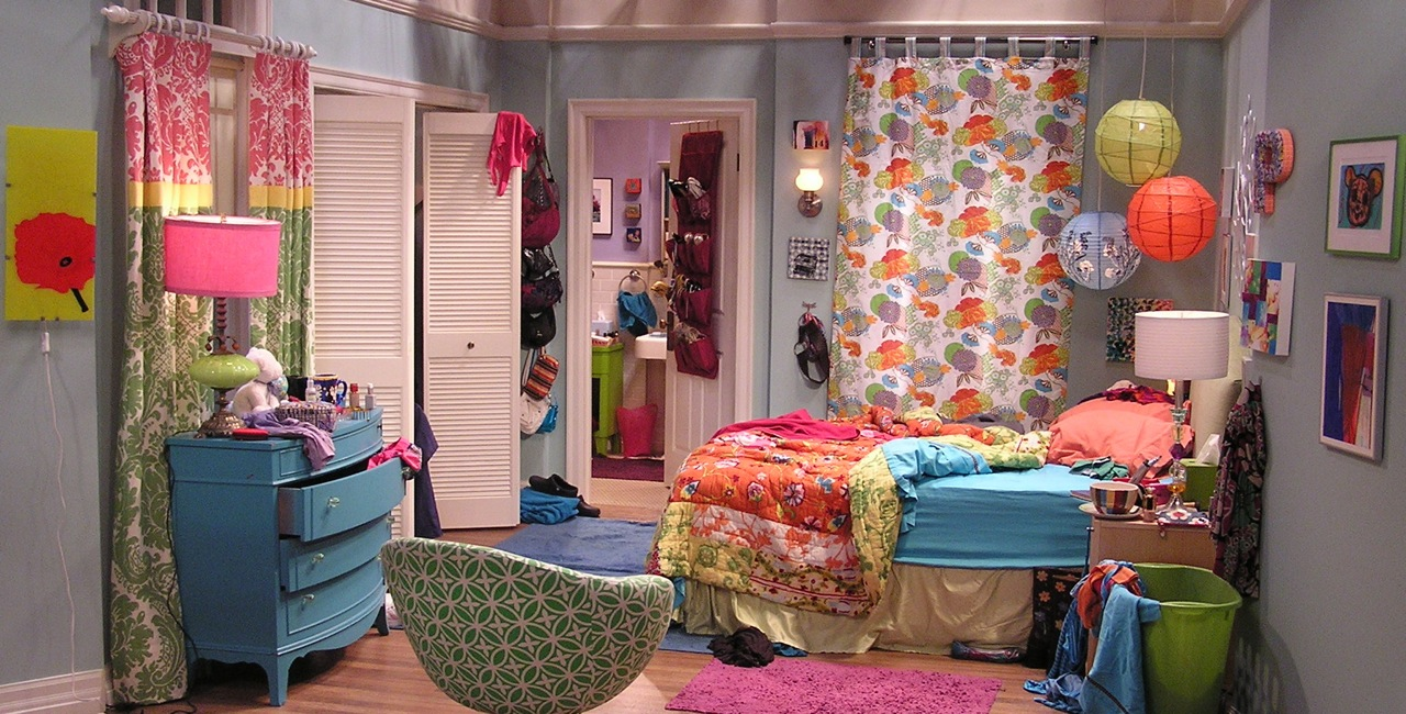 Big Bang Theory Penny's Bedroom