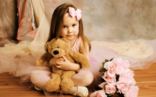 meisje teddybeer wallpaper