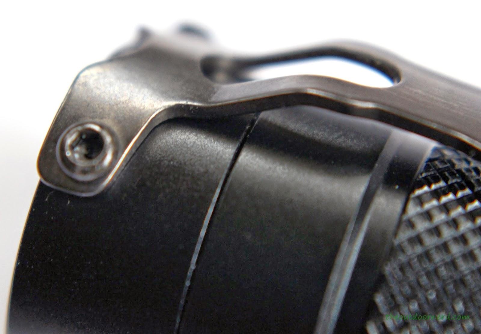 EagleTac D25LC2 Mini 18650 Flashlight Clip 2