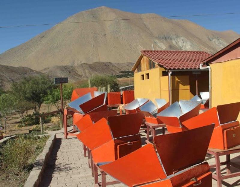 Araucaria chili la cuisine solaire de villaseca for Miroir parabolique solaire