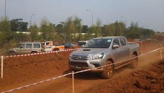 Toyota All New Hilux Ikuti Kompetisi Offroad