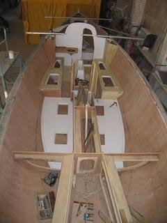 Pembuatan Kapal & Perahu Boat Dari Fiber