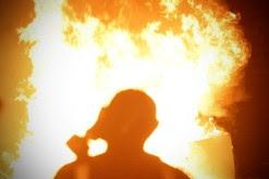 Η φωτιά είναι το άτακτο δελτίο ειδήσεων...