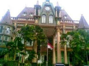Hotel Murah Dekat Stasiun Malang - Gajahmada Graha Hotel