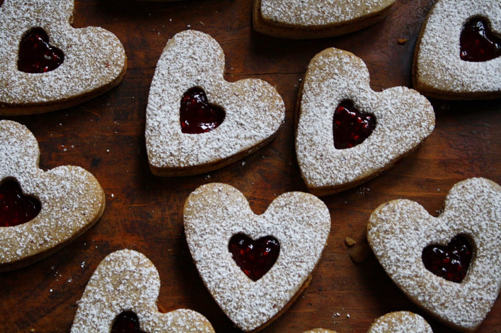 linzer spice cookies cinema and spice linzer pb j linzer cookie spiced ...