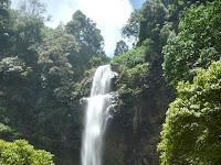 Curug Cimahi, Padukan Alam Dan Teknologi Ciptakan Rainbow Waterfall