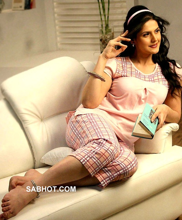 Zarine Khan Hollywood Chimera