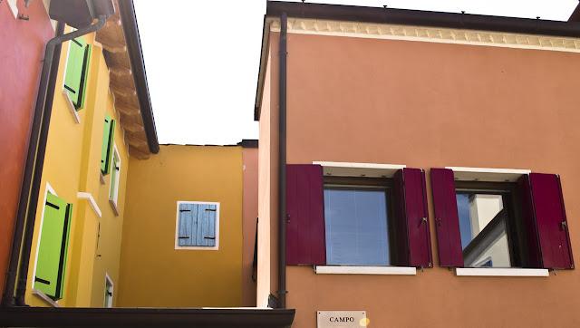 Caorle színes házai